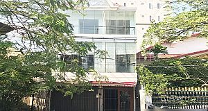 COMMERCIAL BUILDING IN DAUN PENH