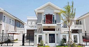 Villa For SPECIAL Sale at Borey Phnom Penh Park (6A, Chroychangwar)