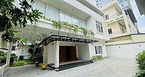 COOL COMMERCIAL VILLA IN CHAMKAR MON