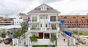 វីឡាភ្លោះកែងសម្រាប់លក់/Twin Villa for sale  (Borey Phnom Penh Thmy Elite Park 2) (L-4885)