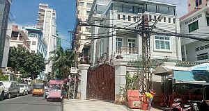 AVAILABLE OFFICE BUILDING – 7 MAKARA AREA