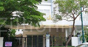 [S 240] វិឡាភ្លោះលក់បន្ទាន់ (បុរី ប៉េងហួត ដឹ ស្តា ព្រីមៀរ៍)|Twin Villa Borei Peng Hout The Premier