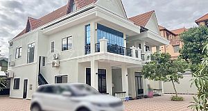 LUXURY VILLA IN BEONG TRABEK AREA