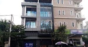 COMMERCIAL BUILDING IN SEN SOK