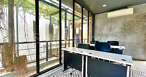 COOLER OFFICE SPACE IN BOENG TRABEK