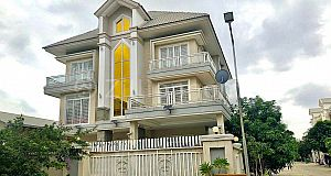 CORNER LUXURY VILLA ALONG NATIONAL ROAD 1
