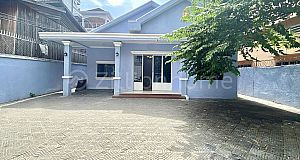 SMALL VILLA NEAR TOUL TOMPOUNG MARKET