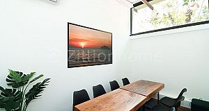 COOL GREEN OFFICE SPACE IN DIAMOND ISLAND