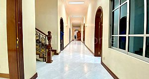 SPACIOUS COMMERCIAL VILLA IN DAUN PENH AREA