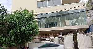 3 FLOORS COMMERCIAL BUILDING IN DAUN PENH