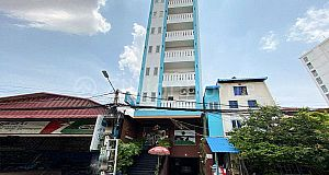 COMMERCIAL BUILDING IN BOEUNG TRABEK